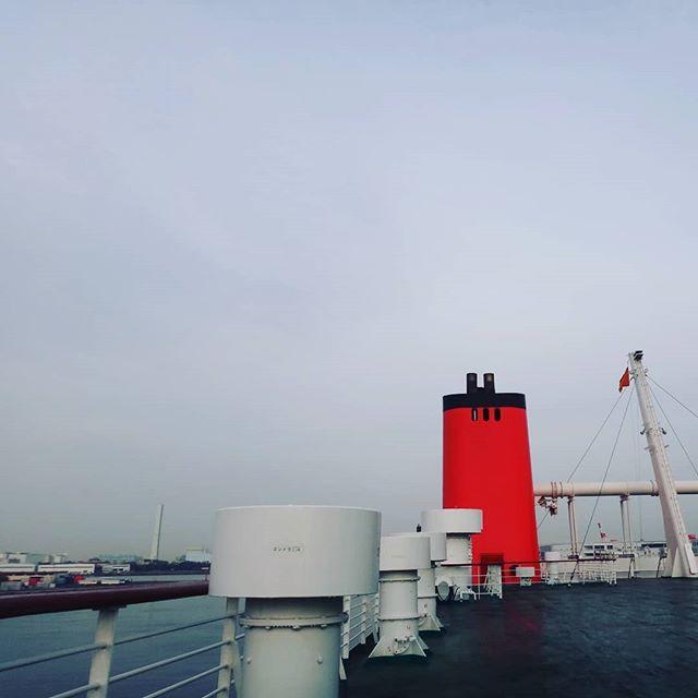 大阪着。息子と京都鉄道博物館へ向かいます!#大阪南港 #オレンジフェリー #フェリーの旅 #船旅