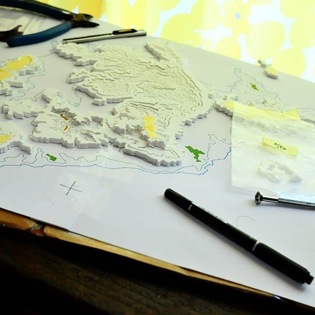 だんだん島の形が現れてきた。#3Dプリンターで制作中 #3dプリンター #raise3d #raise3dn2 #3dprinter #作品制作 #瀬戸内界隈展