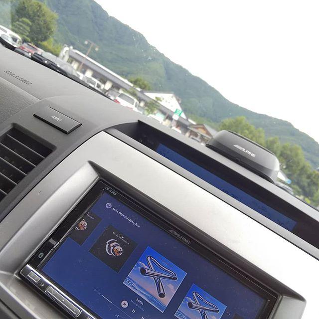 こんなの爆音で聴きながら運転なんてオタクっぽいこと、同乗者がいたらできません。__#松代pa #上信越道 #長野県 #mikeoldfield__