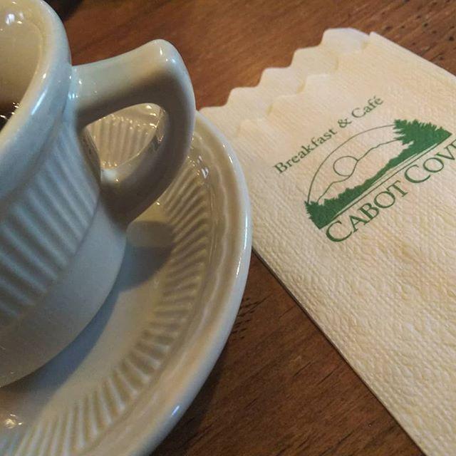 2週連続軽井沢。行列ができる朝食カフェらしいのですが、ダメもとでトライ、すんなり入れましまた。__#cabotcove #キャボットコーヴ #軽井沢 #軽井沢朝食カフェ__