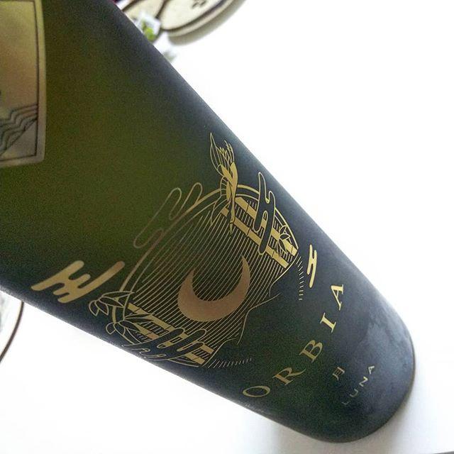 先日の新年会で日本酒というカテゴリーが曖昧になってしまう味#orbialuna #オルビアルナ #日本酒 #美味しい日本酒 #日本酒美味しい